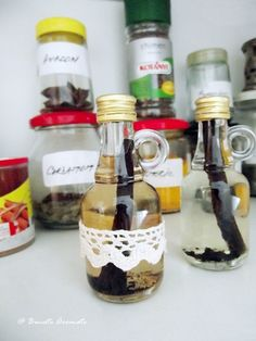 Extract (esenţă) de vanilie | Bucate Aromate Barware, Sweet, Tumbler