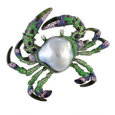 Brooch and pendant in the shape of a crab from the Australian company Autore. 18K white and rose gold, baroque pearl, blue, purple and pink sapphires, tsavorite, amethyst, green tourmaline and diamonds