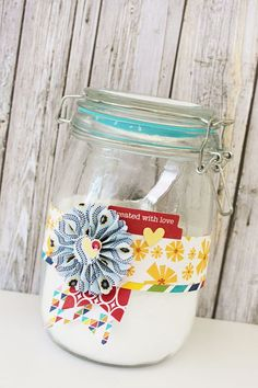 Neighbor gifts in a jar. Designer Gail Lindner shares some great ideas on how to decorate these gifts. Featuring Jillibean Soup products.