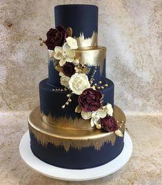 Image may contain: flower wedding cakes cakes elegant cakes rustic cakes simple cakes unique cakes with flowers Burgundy Wedding Cake, Wedding Cake Rustic, Elegant Wedding Cakes, Cool Wedding Cakes, Beautiful Wedding Cakes, Wedding Cupcakes, Beautiful Cakes, Navy Blue Wedding Cakes, Elegant Cakes
