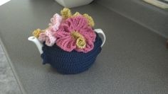 I found a pattern for hibiscus flowers which look gorgeous and are easy to make.