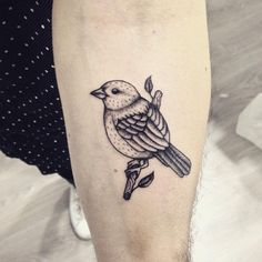 65+ Cute Sparrow Tattoo Designs & Meanings – Spread Your Wings (2017)