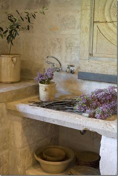 Stone sink at Château Domingue