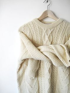Vintage Oversized Cream Scottish Wool Sweater