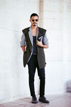 Street style #streetstyle #men #fashion #attire #mensfashion #man #outfit #fashion #style #mensfashion #inspiration #handsome #modern #casual