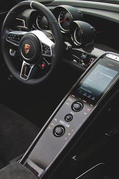 drugera: Porsche 918 Spyder Interior