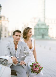 Yes I& marry you poem by Pam Ayres Photo Romance, Romance And Love, Couple Posing, Couple Shoot, Couple Portraits, Couples Days Out, Vespa Wedding, Couple Photography, Wedding Photography