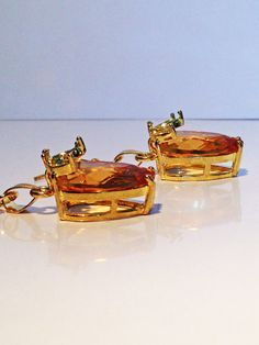 Beautifully cut pear shaped glass set in by ElegantJewelrybyJFK