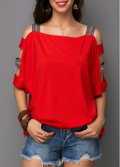 Best Valentines Gift For Her Red Top Ladder Cutout Sleeve Square Collar T Shirt Stylish Tops For Girls, Trendy Tops For Women, Cool Outfits, Casual Outfits, Fashion Outfits, Womens Fashion, Diy Clothes, Clothes For Women, Purple T Shirts