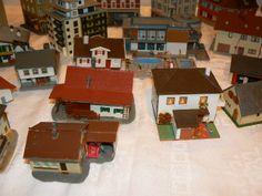 N Scale Buildings, Poker Table, Fairies, Scenery, Decor, Faeries, Landscape, Paisajes, Decorating