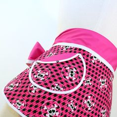 #hostess #half #apron #pink #skulls LOVE LOVE LOVE the fabric and the bow! <3