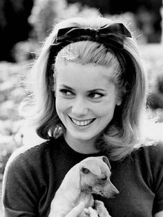 The leading lady of French cinema for decades now, Catherine Deneuve has also been a model and one of the most enduring style icons. A style icon who says she Patricia Kelly, Grace Kelly, Look Retro, Signature Look, French Actress, Brigitte Bardot, Vintage Hairstyles, 1960s Hairstyles, Urban Hairstyles