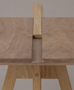 Francesco Faccin on penccil Cardboard Furniture, Metal Furniture, Furniture Projects, Custom Furniture, Wood Projects, Furniture Design, Furniture Ads, Luxury Furniture, Woodworking Joints
