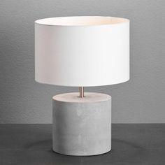 Moderne Tischleuchte im reduzierten Design - für eine schöne Beleuchtung