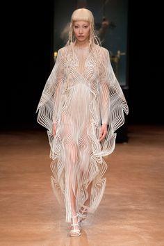 Aeriform couture collection by Iris van Hepen