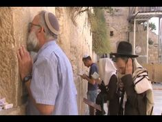 Western Wall clean up conducted ahead of Jewish New Year