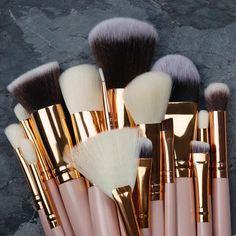 💖 super soft rose gold makeup brushes 💖 Gold Makeup, Makeup Brushes, Make Up, Rose Gold, Australia, Photography, Beauty, Instagram, Art