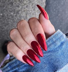Red Chrome Stiletto Nails, so fierce! Red Chrome Stiletto Nails, so heftig! Sexy Nails, Fun Nails, Pretty Nails, Crome Nails, Halloween Nail Art, Nagel Gel, Perfect Nails, Coffin Nails, Red Stiletto Nails