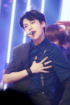 Pretty Boys, Cute Boys, Cute Asian Guys, Fandom, Handsome Faces, Thank God, Kpop Boy, Asian Men, Boyfriend Material