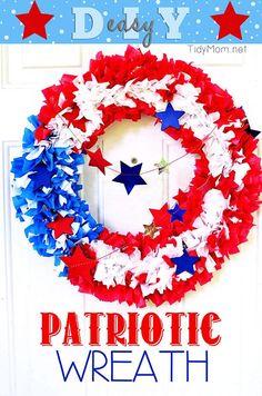 DIY 4th of July : DIY Patriotic Flag Wreath
