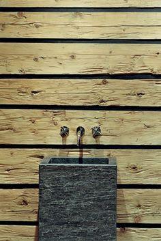 Federica Palacios Design ::: Design Contemporary Chalet Alpine Chalet, Swiss Chalet, Mountain Cottage, Mountain Homes, Cabin Interiors, Modern Rustic Interiors, Interior Architecture, Interior And Exterior, Interior Design