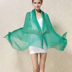 Elegantný veľký dámsky hodvábny šál v zelenej farbe