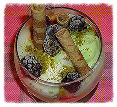 ★Sevinç YİĞİT ARABACI ★ Sütlü tatlı süssüz olmaz !! Dondurmayla içimizi serinletelim !.. ;-))))) Fırın sütlaç, Sütlü #Tatli dondurma, rulo kat, böğürtlen, fıstık, ice cream, pistachio, Turkish Sweet, food, yummy, delicious, türk tatlıları, numberone, Lezzet Merakı, Lezzet Aşkı, lezzet denemeleri, Summer, cool, nefisss, Sevinç'in Lezzet Defteri, Sevinçin Dünyası, %100 Sevinç, #yummy