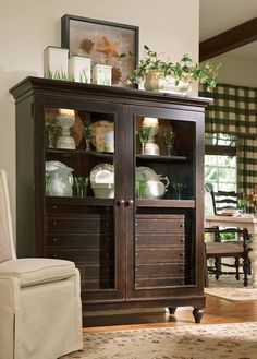 Universal Furniture   Paula Deen Home   The Bag Ladys Cabinet In Tobacco     Available