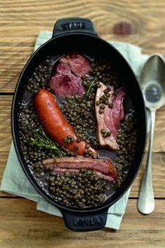 SAUCISSE DE MONTBELIARD, PORK & PUY LENTILS [France] [cuisine.larousse]