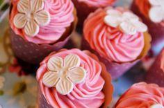 muffinit muffinssi kuorrute tuorejuusto cupcake kuorrutus