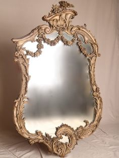 Silla Fine Antiques - Gilt and Gesso Louis XV Style French Rococo Revival Wall… Old Mirrors, Vintage Mirrors, Mirror Mirror, Mirror Image, French Rococo, Rococo Style, Decoration Baroque, Magic Mirror, Home Decor Mirrors