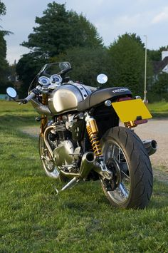 Thruxton R - Track Racer Kit - Triumph Forum: Triumph Rat Motorcycle Forums