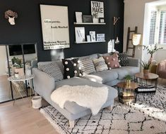 57 grey small living room apartment designs to look amazing 43 Apartment Living Room Amazing apartment Designs grey living room small Small Living Room Design, Small Apartment Living, Living Room Grey, Small Living Rooms, Home Living Room, Living Room Designs, Small Apartments, Modern Living, Small Apartment Layout