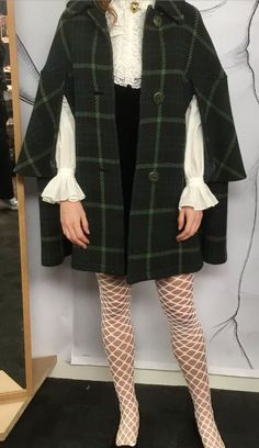 Outlander Costume (@OutlanderCostum) | Twitter Outlander Clothing, Outlander 3, Outlander Series, Scottish Clothing, Preppy Style, My Style, Beautiful Costumes, 1960s Fashion, Costume Design