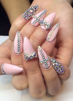 In seek out some nail designs and ideas for your nails? Here's our list of 28 must-try coffin acrylic nails for trendy women. Sexy Nails, Glam Nails, Dope Nails, Fancy Nails, Stiletto Nails, Art Nails, Ongles Bling Bling, Rhinestone Nails, Bling Nails