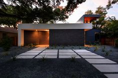 Main Stay House by Matt Fajkus Architecture | Detached houses