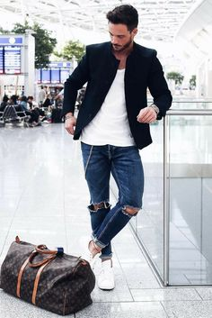 Airport Outfit Style For Men - https://www.luxury.guugles.com/airport-outfit-style-for-men-4/