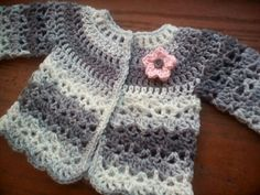 free crochet pattern – the sparkly toad Crochet Baby Cardigan Free Pattern, Crochet Baby Sweaters, Baby Sweater Patterns, Crochet Baby Clothes, Crochet Cardigan, Baby Patterns, Crochet Patterns, Crochet Ideas, Pretty Baby