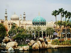 A piece of the Muslim world at Tokyo Disney Sea theme park! See snapchat (muslimtraveler) for more including our thoughts on the imperialism and stereotypes that run rampant in western movies like Aladdin.