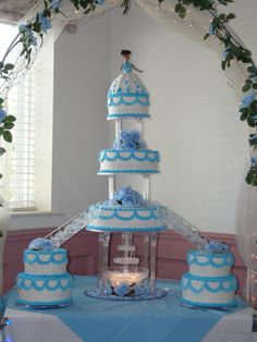 quinceanera cake - huge cake with buttercream icing and a fountain base Bling Wedding Cakes, Elegant Wedding Cakes, Beautiful Wedding Cakes, Wedding Cake Designs, Beautiful Cakes, Amazing Cakes, 16 Cake, Cupcake Cakes, Cupcakes