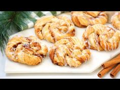Puff Pastry Cinnamon Rolls | PERFECT for Christmas Breakfast + Brunch - YouTube Brunch Dishes, Breakfast Dishes, Breakfast Recipes, Dessert Recipes, Party Desserts, Puff Pastry Desserts, Puff Pastry Recipes, Cinnamon Rolls Puff Pastry, Christmas Cooking
