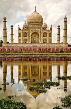 Taj Mahal,INDIA one of the most beautiful places on earth! Wonderful Places, Great Places, Places To See, Beautiful Places, Taj Mahal India, India India, Nepal, Places Around The World, Around The Worlds
