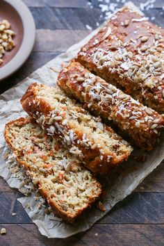 Healthy Bread: Grain-Free Paleo Morning Glory Quick Bread - refined sugar-free, dairy-free, and healthy! Gluten Free Recipes, Gourmet Recipes, Whole Food Recipes, Whole Grain Gluten Free Bread Recipe, Cheap Recipes, Paleo Baking, Gluten Free Baking, Paleo Sweets, Paleo Dessert