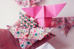 DIY : une guirlande en origami papillon et pompons | Poulette Magique