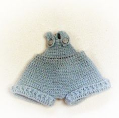 Megan's Tiny Treasures: How to Crochet Dungarees for a Teddy Bear - Free Tutorial