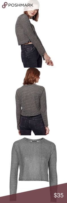 """🆕Topshop Stripe Panel Crop Top Brand new with tags. Topshop Stripe Panel Crop top. A contrast Stripe front panel creates a striking multidirectional effect on a long sleeve crop top knit in an ultra soft jersey blend.  Crewneck. Size UK 8, US 4. Length 18"""". 65% polyester, 35% linen. Lightweight. ❌NO TRADES❌NO LOWBALLING❌NO MODELING❌ Topshop Tops Crop Tops"""