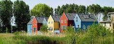 """Résultat de recherche d'images pour """"habitat participatif"""" Outdoor Structures, Cabin, Stedelijk, House Styles, Water, Images, Home Decor, Search, Gripe Water"""