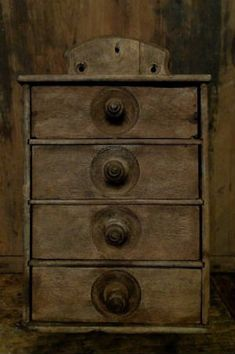 WISH THIS WERE IN MY KITCHEN RIGHT NOW!!  Primitive spice cabinet