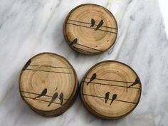 Magnet Wood Magnet Bird Wood Magnet Rustic Magnet… Not a magnet but great idea… – Holz Wood Slice Crafts, Wood Burning Crafts, Wood Burning Patterns, Wood Burning Art, Wood Crafts, Wood Craft Patterns, Canvas Patterns, Wood Projects, Woodworking Projects
