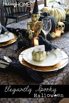 Halloween Tablescape, Halloween Table Setting, Black and Gold, Elegant and Spooky